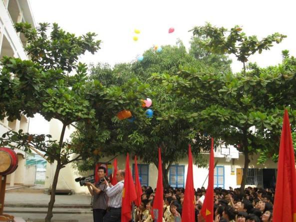 THPT Nguyễn Thiện Thuật Nha Trang  khai giảng năm học mới